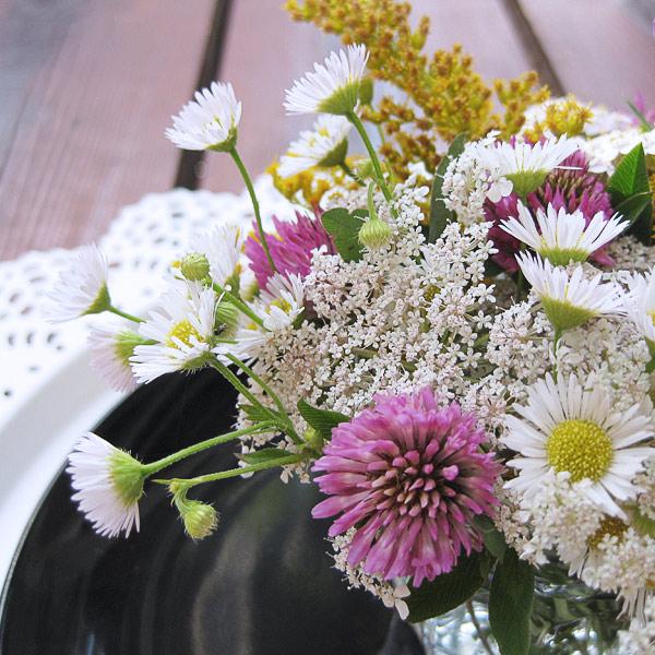 Kochen Nach Optik Tischdeko Mit Wiesenblumen So